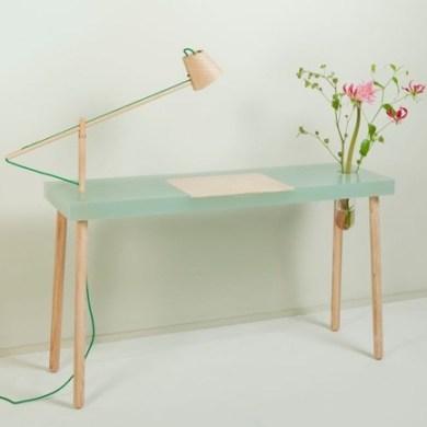 โต๊ะเขียนหนังสือ ทำจากเรซิน และไม้ สวย..ใส.. โดย STUDIO ROEL HUISMAN 16 -