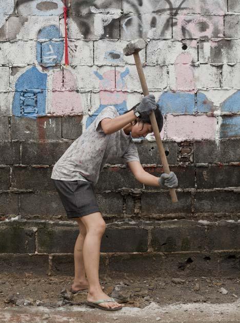 Dezeen_Klong-Toey-Community-Lantern-by-TYIN-tegnestue_16