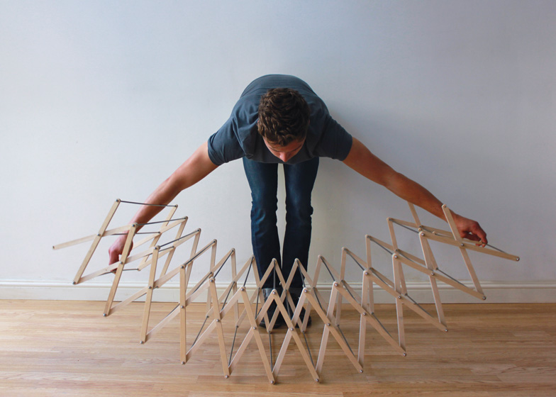 Clothes Horse by Aaron Dunkerton dezeen ss 2 Star shaped clothes horse ราวตากผ้าเน้นพื่นที่จำกัด