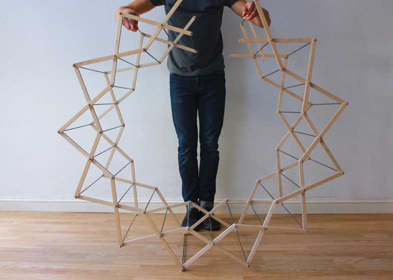 Clothes Horse by Aaron Dunkerton dezeen ss 3 Star shaped clothes horse ราวตากผ้าเน้นพื่นที่จำกัด