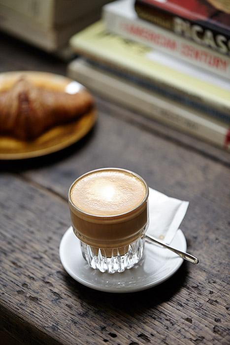 tumblr muhqx82lla1st9ikbo2 500 จิบชา กาแฟ ซิลล์ๆได้ที่ BOYY CAfe