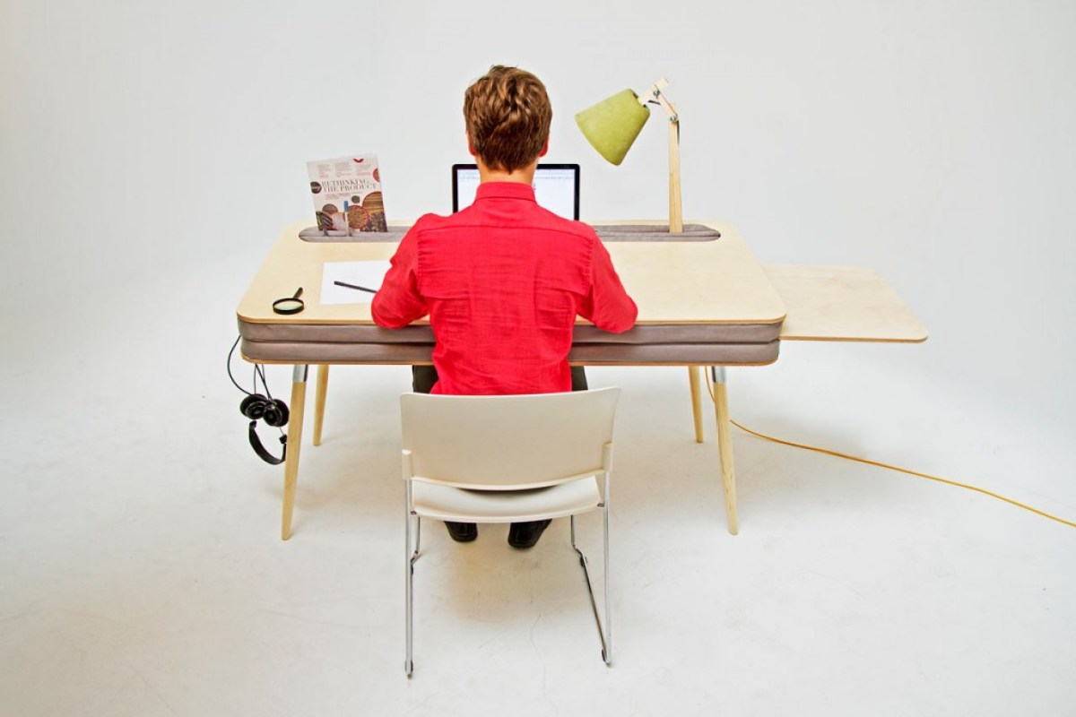OXYMORON Desk Anna Lotova 1 โต๊ะทำงานที่สบายที่สุด COMFORTABLE WORK DESK THAT HOLDS EVERYTHING