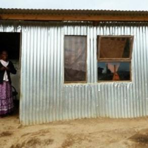 """""""iShack"""" โครงการปรับปรุงที่อยู่อาศัยให้เกิดพลังงานหมุนเวียนแบบยั่งยืน 17 - Africa"""