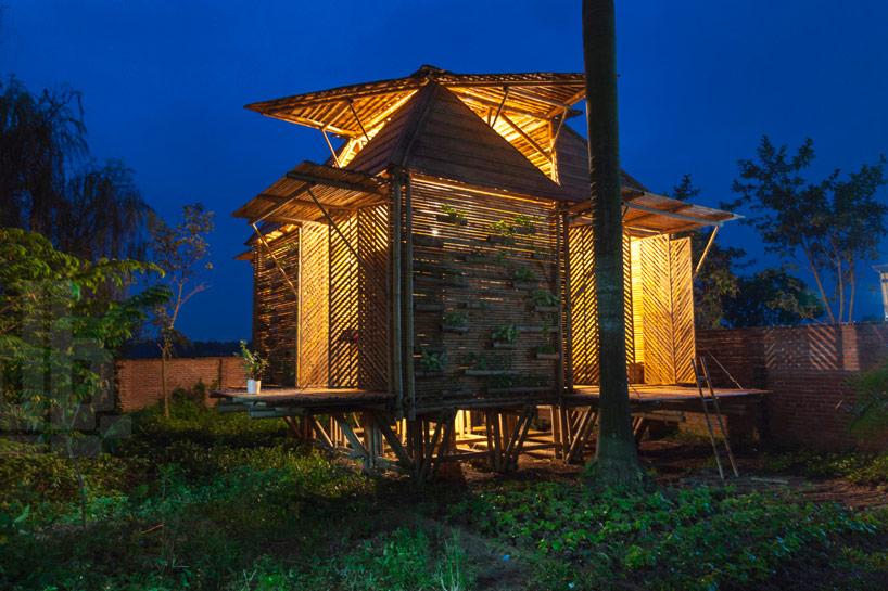 h+p architects bamboo house designboom07 Flood Resistant Home  บ้านต้านน้ำท่วม