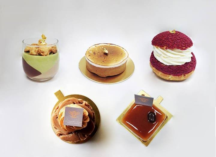 1044082 535444603206981 453538116 n Let Them Eat Cake
