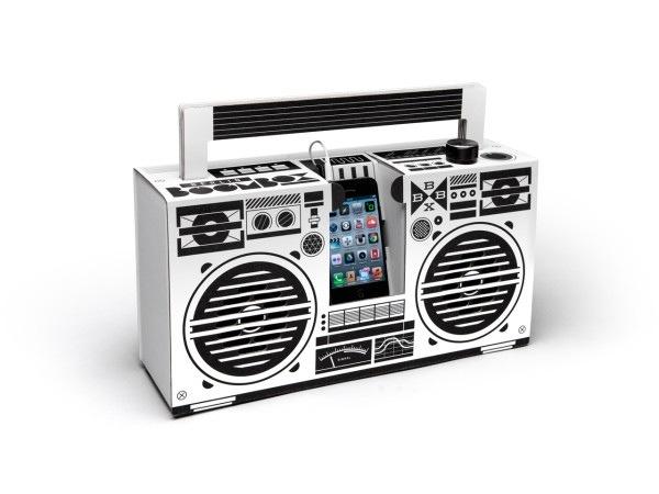 25570303 194841 ลำโพงสมาร์ทโฟน จากกระดาษกล่อง ในแบบ Boombox ของยุค80