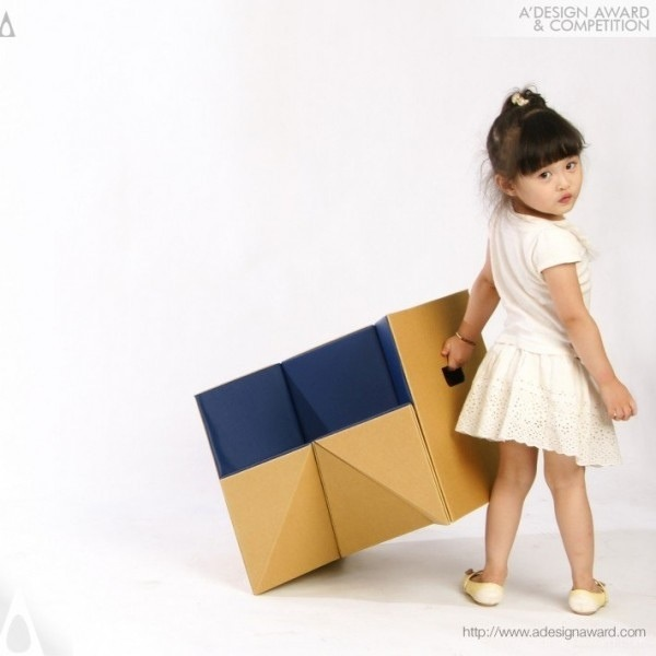 25570310 184633 เก้าอี้origamiจากกระดาษกล่อง.. น้ำหนักเบา ปลอดภัย เป็นมิตรกับสิ่งแวดล้อม