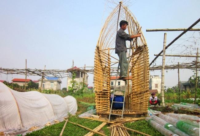 25570312 172506 โรงอนุบาลผัก ทำจากไม้ไผ่ และขวดพลาสติก ความร่วมมือระหว่างคนในเมือง และเกษตกรในชนบท