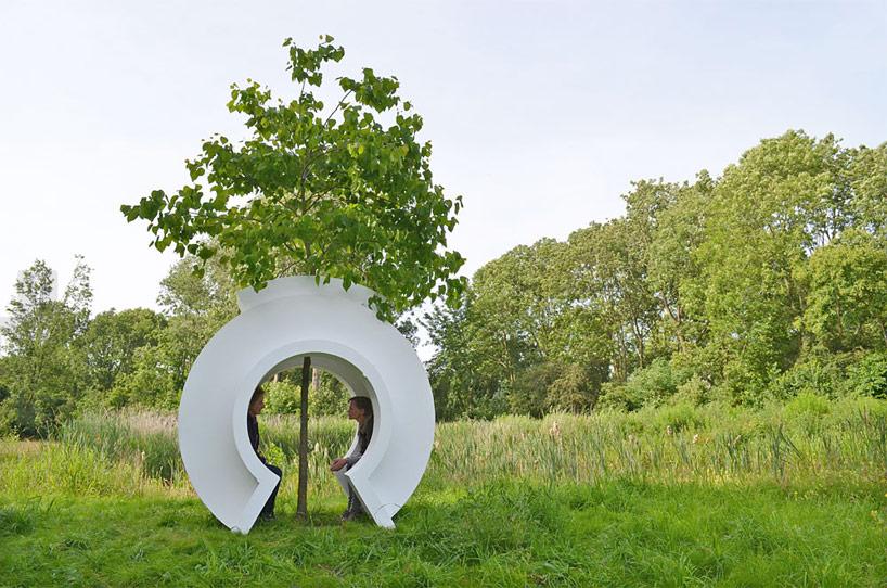 love tree by rob sweere designboom 03 Love tree ต้นไม้ที่รัก