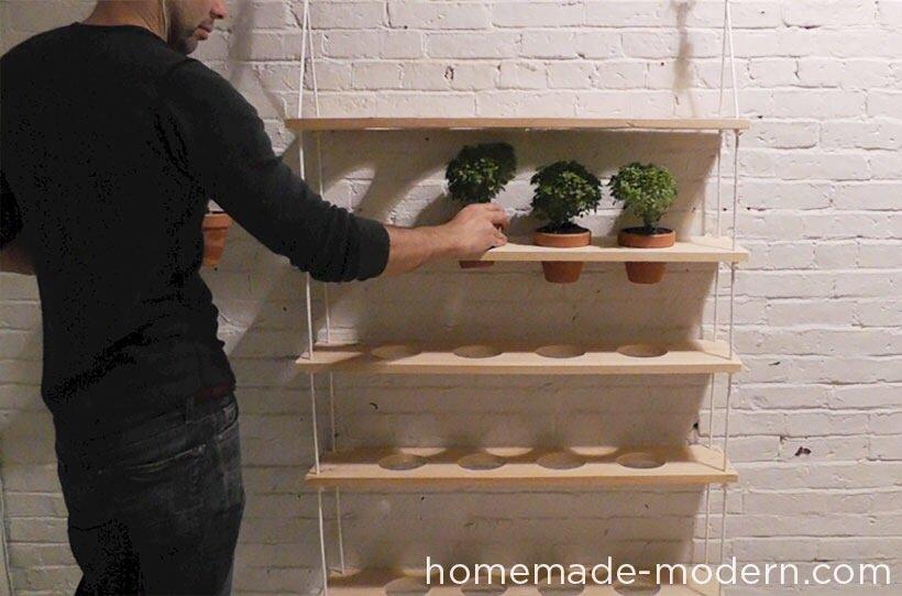 20140510 121531 DIY สวนผักแนวตั้งจากไม้ กระถาง และเชือก