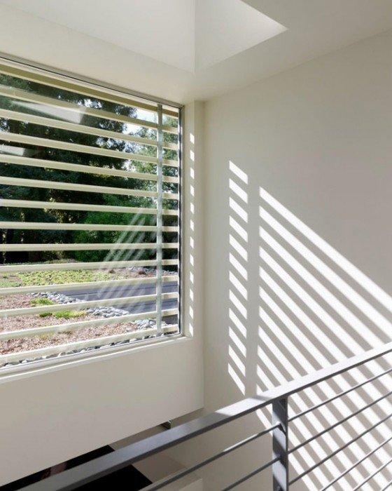 25570511 170738 เลือกประตูหน้าต่างอย่างไร ให้เข้ากับบ้านสมัยใหม่