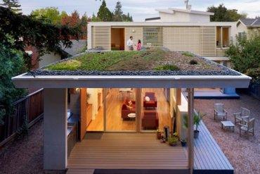 บ้านที่เปิดโล่งเชื่อมโยงภายในกับสวนทั้งชั้นบนและล่าง 24 - แบบบ้าน