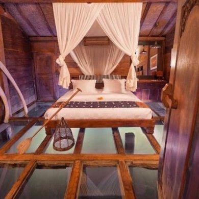 """โรงแรม""""บ้านกุ้ง""""..พื้นห้องนอนเป็นกระจกใสมองเห็นชีวิตสัตว์น้ำในบ่อกุ้ง  20 - Hotel"""