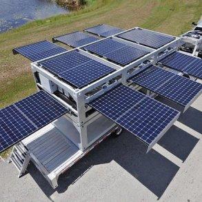 สถานีผลิตพลังงานแสงอาทิตย์ แบบเคลื่อนที่ ขนาดยักษ์ทำจากตู้คอนเทนเนอร์ 16 - solar panel