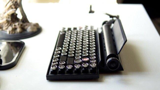 20140706 230006 82806939 USB keyboard ที่จะทำให้การพิมพ์คอมพิวเตอร์ หรือแท็ปเล็ต ได้อารมณ์แบบใช้เครื่องพิมพ์ดีด