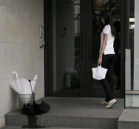 20140724 231139 83499928 กระเป๋าร่ม..ต่อแต่นี้ไปร่มเปียกจะไม่มีน้ำหยดเลอะเทอะอีกแล้ว