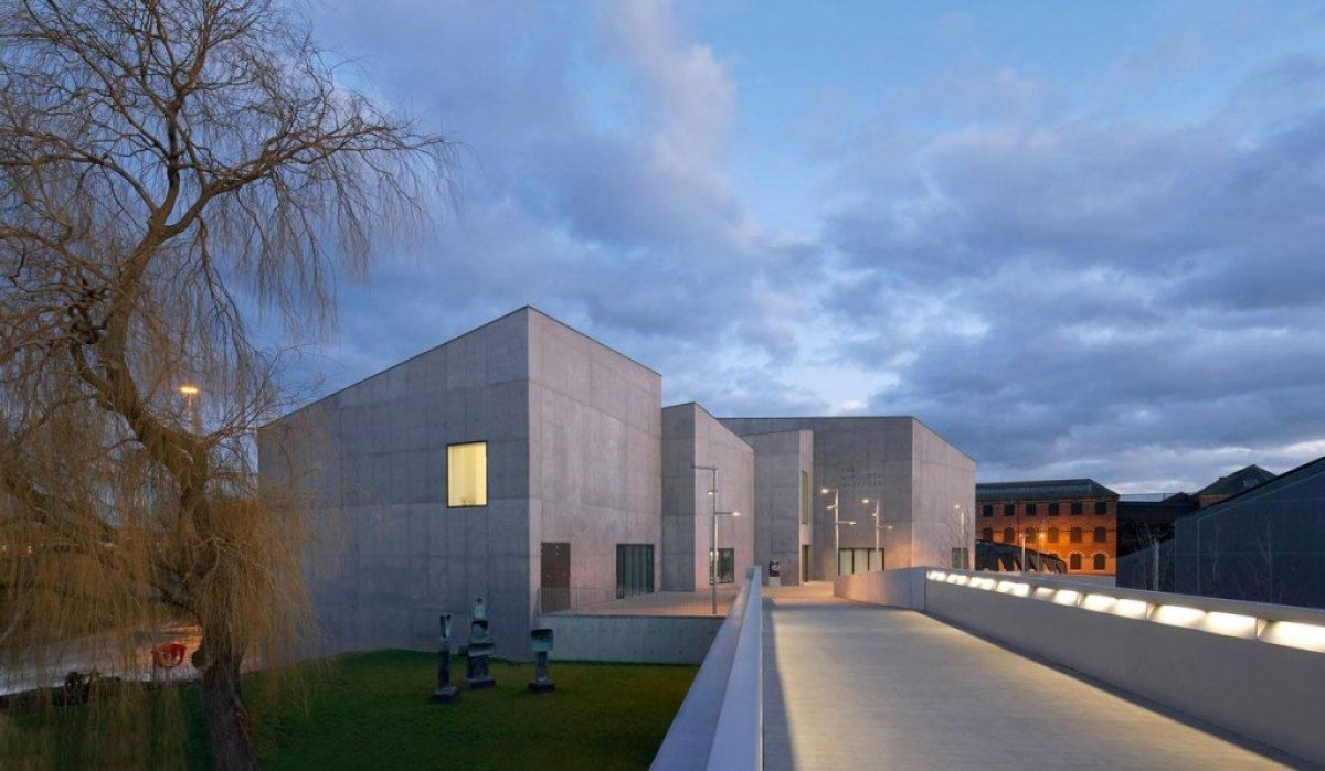 David Chipperfield Architects . Hepworth Wakefield . West Yorkshire 7 Hepworth Wakefield Gallary ดินแดงแห่งงานประติมากรรม
