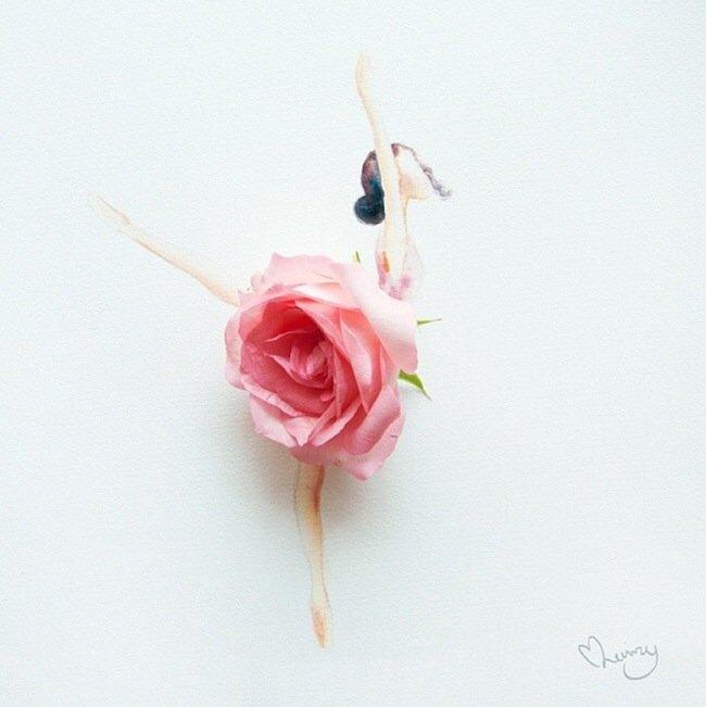 20140801 193755 70675983 เมื่อกลีบดอกไม้กลายเป็นชุดสวยชวนฝัน