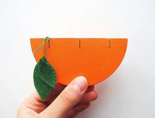 IMG 4572 สมุดโน๊ตทำมือ สีสันสดใส เป็นผัก ผลไม้ พิซซ่า