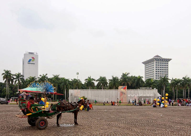 Indechs Kineforum Misbar temporary open air cinema4 โรงภาพยนตร์ชั่วคราวกลางแจ้ง ณ กรุงจาการ์ตา ประเทศอินโดนีเซีย