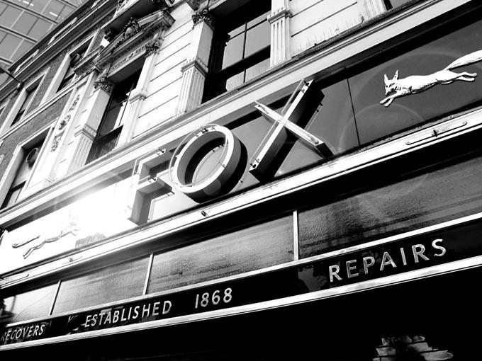 fox shop  ร่ม ที่ใช้กันอยู่ในทุกวันนี้ มีที่มาอย่างไร?