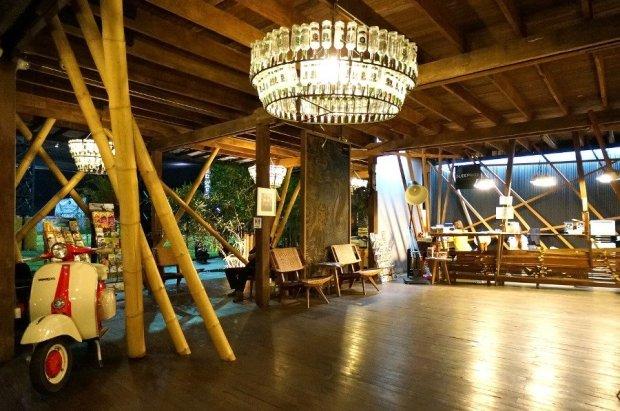 Sleepbox Chiangmai Hotel โรงแรม สลีปบ็อกซ์ เชียงใหม่