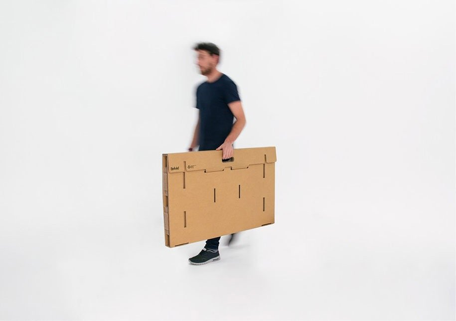 IMG 6406 Cardboard Desk..โต๊ะจากกล่องกระดาษ 100%รีไซเคิล