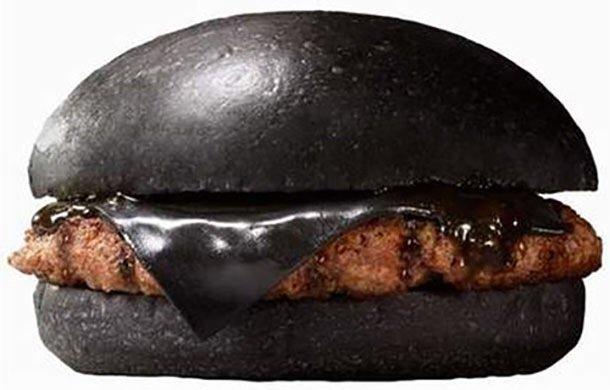 IMG 6427 Black Burger.. เบอร์เกอร์ สีดำ เทรนที่กำลังมาแรงในญี่ปุ่น