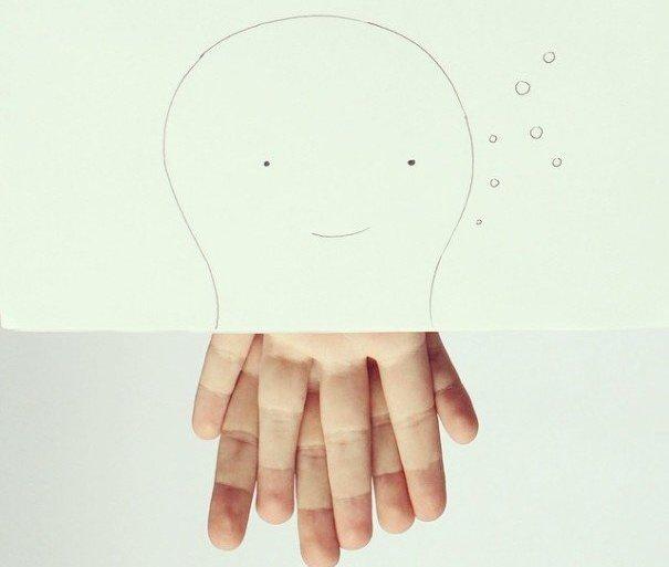 เมื่อศิลปินอารมณ์ดี สร้างภาพลายเส้นง่ายๆ กับนิ้วมือของเขาเอง 13 - ศิลปิน