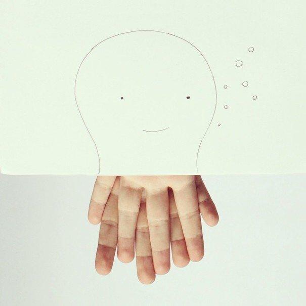 IMG 7214 เมื่อศิลปินอารมณ์ดี สร้างภาพลายเส้นง่ายๆ กับนิ้วมือของเขาเอง