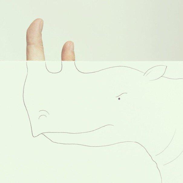IMG 7218 เมื่อศิลปินอารมณ์ดี สร้างภาพลายเส้นง่ายๆ กับนิ้วมือของเขาเอง