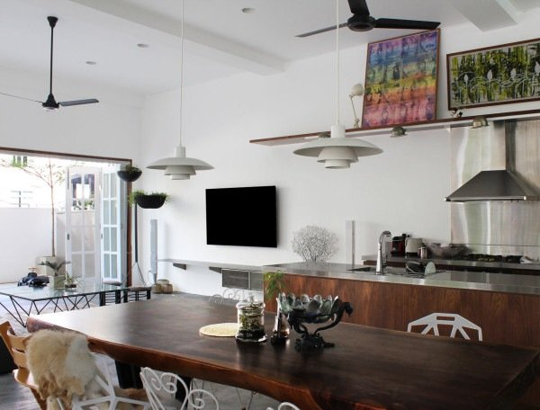 IMG 7429 ปรับปรุงทาวน์เฮาส์เก่า 60ปี เป็นบ้านสมัยใหม่ พื้นคอนกรีต สว่าง โปร่ง โล่ง
