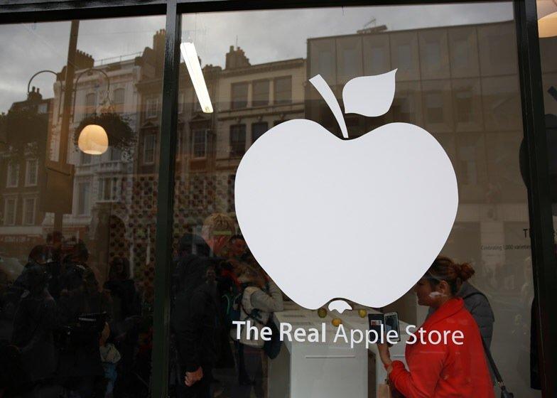 IMG 7749 นี่สิต้นตำรับแอปเปิ้ลแท้ๆ..The Real Apple Store