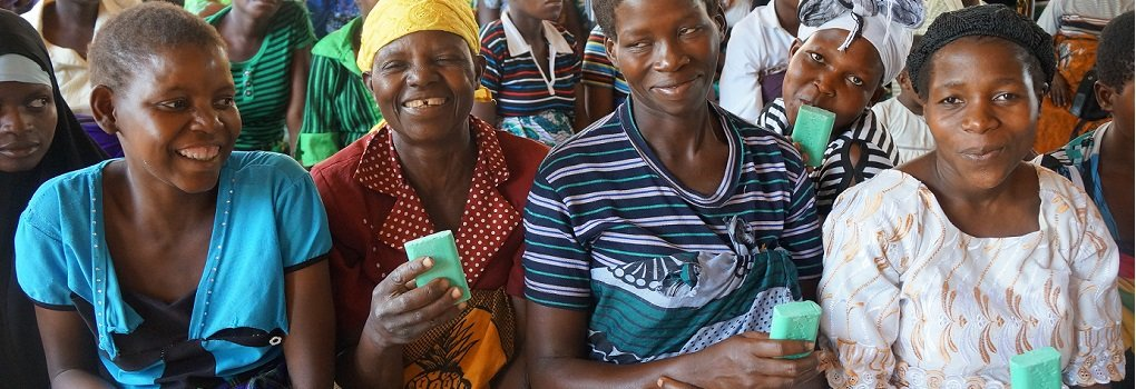 Malawi Mothers The Global Soap Project สบู่เหลือทิ้งที่มีคุณค่า