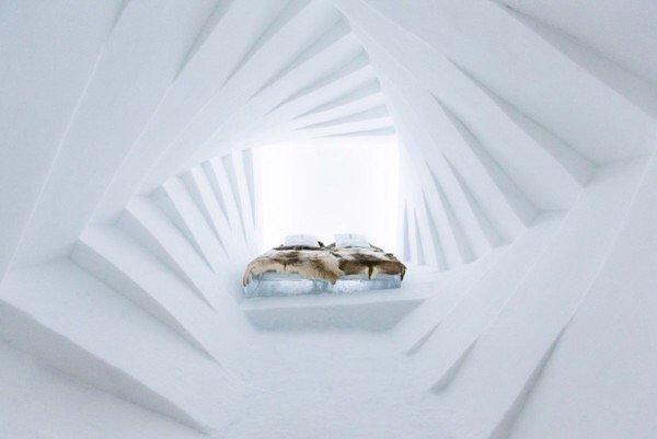 IMG 9893 ICE HOTEL..โรงแรมน้ำแข็ง ที่สร้างใหม่ไม่ซ้ำเดิม และละลายคืนสู่แม่น้ำในทุกๆปี
