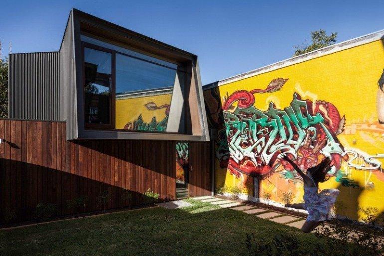 บ้านในเมือง ที่นำเอา งานGraffiti มาเป็นองค์ประกอบของบ้าน 13 - กราฟฟิตี้