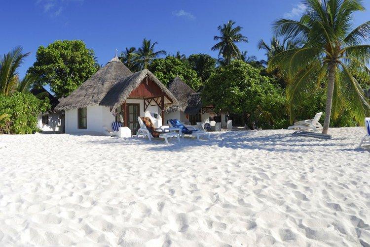 Thulhagiri Island Resort Spa Resting01 750x502 10 มัลดีฟส์ รีสอร์ท ราคาคนไทยแบบ All Inclusive ห้ามพลาดถ้าคิดจะไปเที่ยว Maldives