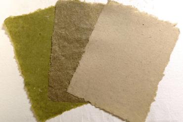 วัชพืชไม่ไร้ค่าอีกต่อไป DIY เปลี่ยนหญ้าเป็นกระดาษทำมือ สวยอีกตะหากแน่ะ! 14 - paper