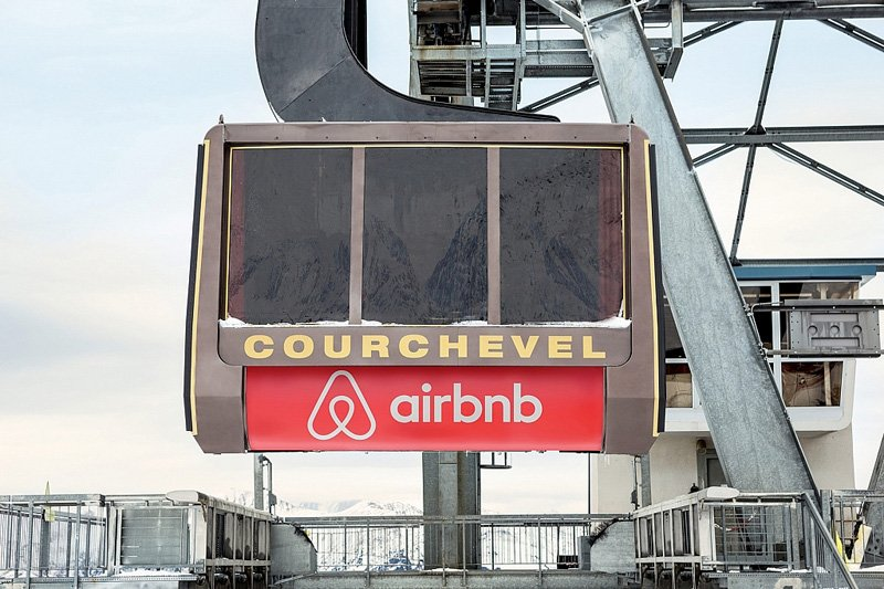 airbnb_cable_car_9000_feet_room_designrulz-3