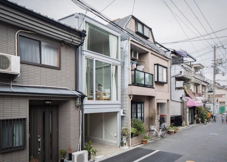 บ้านที่เกิดจากพื้นที่ระหว่างอาคาร กว้างเพียง 3.4 เมตร 14 - Japan