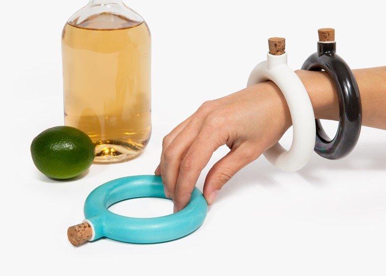 ขวดใส่เครื่องดื่ม.. แล้วใส่เป็นกำไลข้อมือ.. 3 - ceramic
