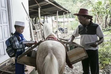 ห้องสมุดบนหลังม้า กระจายความรู้สู่ชาวอินโดนีเซีย 16 - children
