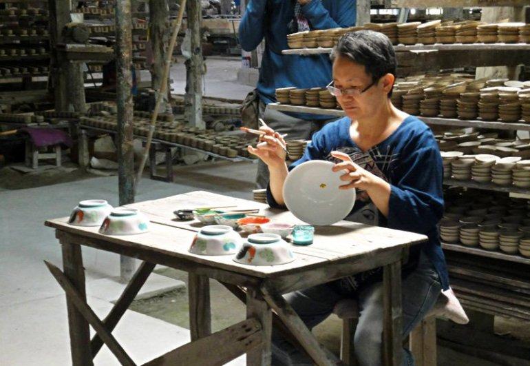 """พิพิธภัณฑ์เซรามิคธนบดี เรื่องเล่าขาน """"ผู้บุกเบิกเซรามิกเมืองลำปาง"""" 13 - ceramic"""