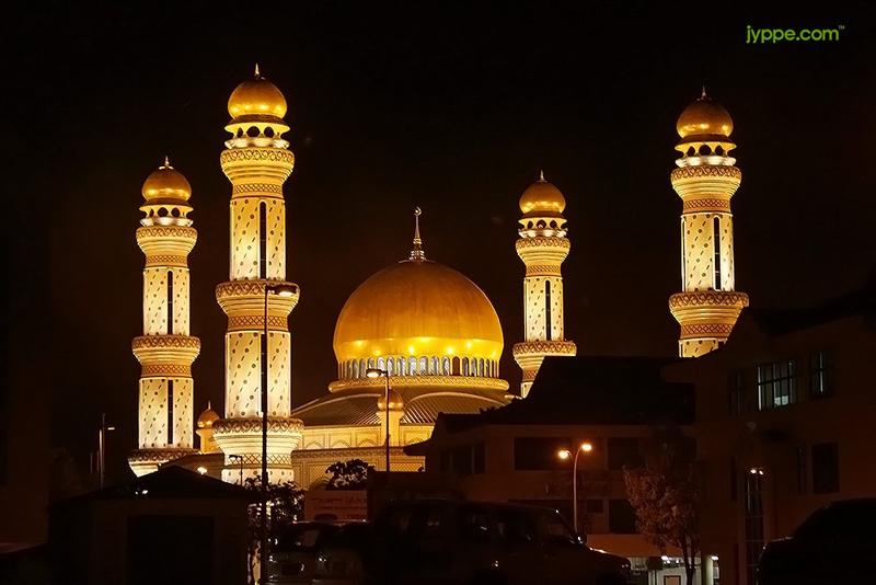 James Asr Hassanil Bolkiah Mosque Brunei มัสยิดทองคำ เจมส์ อาร์ อัสซานัส โบลเกียห์ มัสยิดประจำสุลต่านองค์ปัจจุบันแห่งบรูไน