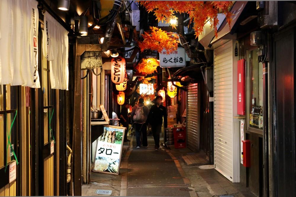 shinjuku_omoide20151019a