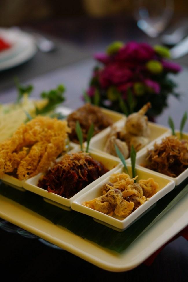S  19693576 650x973 ข้าวแช่ เย็นชื่นใจ อาหารไทยดับร้อน สูตรชาววัง