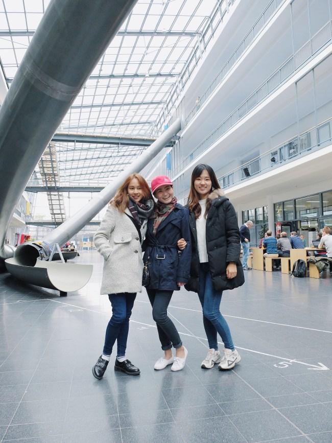 สามสาวนักศึกษาแห่ง TUM