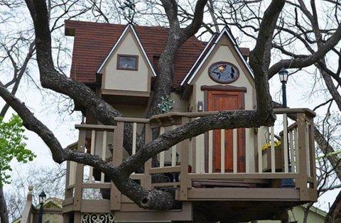 บ้านต้นไม้ในฝันของเด็กๆ หลายคน ลุงป้าสร้างอย่างสุดพลังเพื่อหลาน อลังการอย่างกับสวนสนุก 13 -