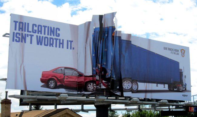 111111111 650x387 19 ป้ายโฆษณา (Billboard) สุดครีเอทที่ออกแบบอย่างสร้างสรรค์จนต้องจำแบรนด์ได้