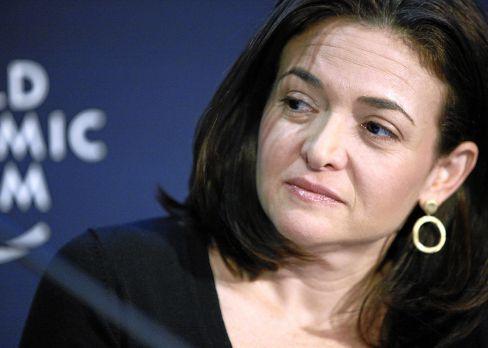 1200px Sheryl Sandberg 750x487 วิธีจัดการความเครียด จาก 9 นักบริหารและผู้ก่อตั้ง ตัวท็อประดับโลก